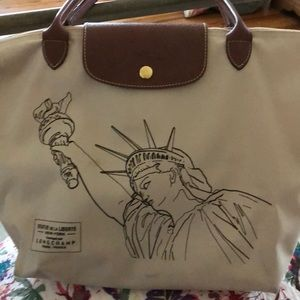 LONGCHAMP BAG LA PLIAGE STATUE OF LIBERTY